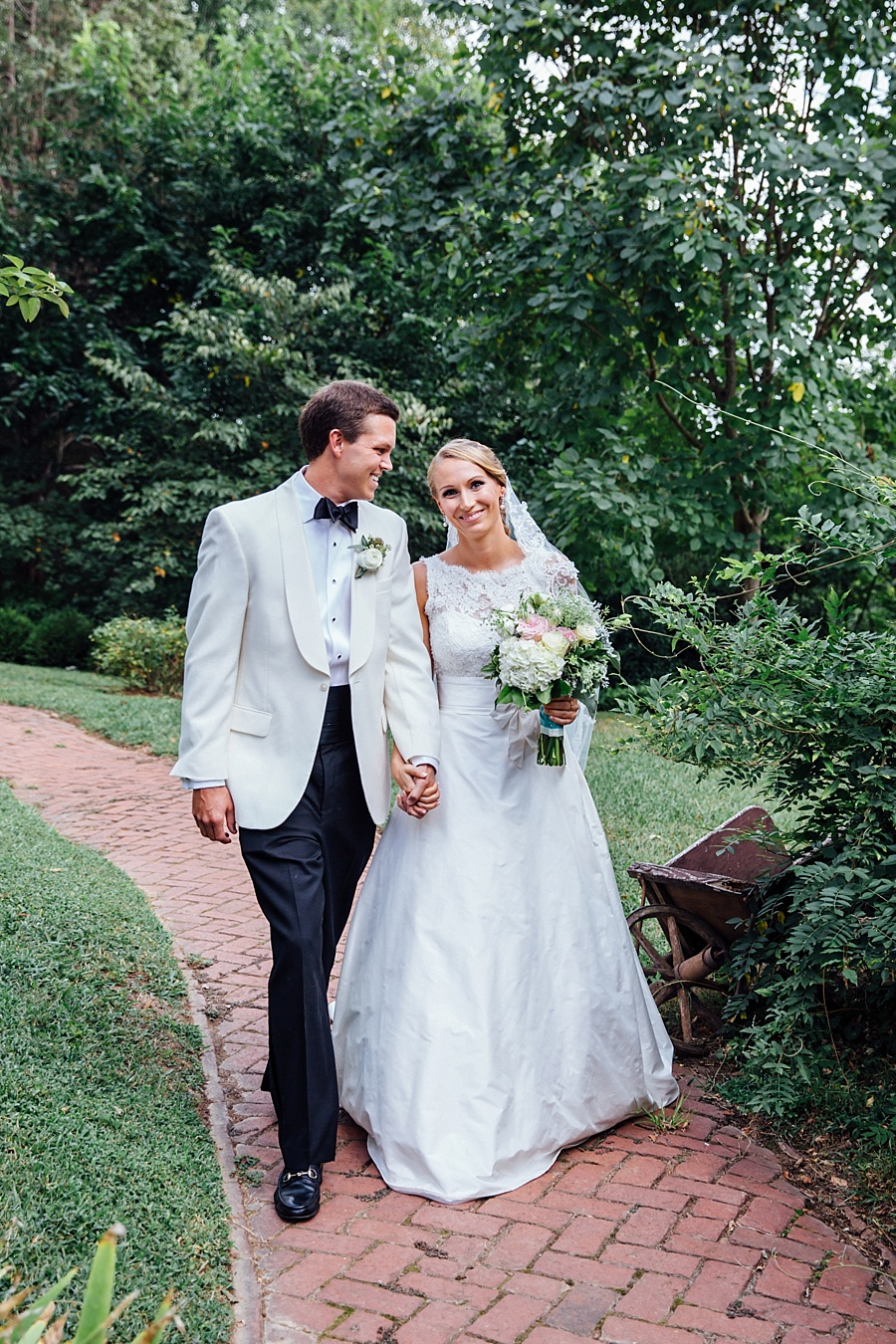 Tuckahoe-Plantation-Wedding-by-Agha-Photo-and-Glint-Events-00032