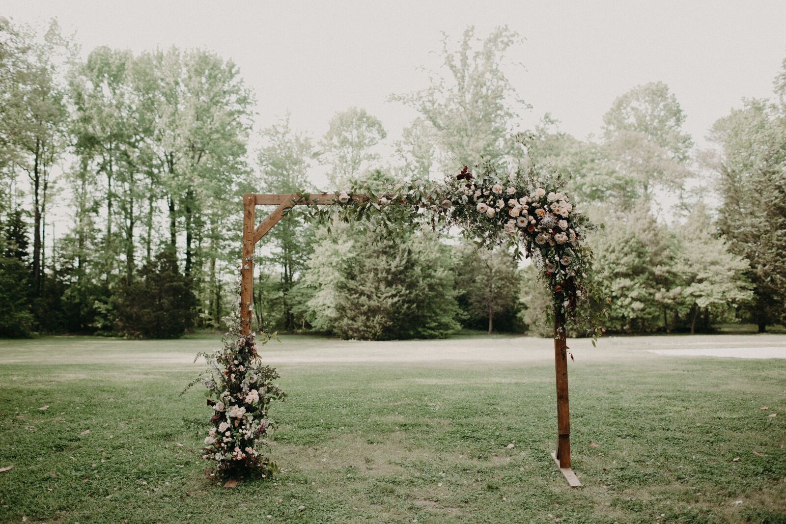 Glint Events, Wedding Planner, Wedding Coordinator, Wedding Stylist, Richmond Wedding, Richmond Weddings, Virginia Wedding, Seven Springs, Kaytee Lauren Photography, Photosynthesis Florals, Paisley and Jade, Spring Wedding